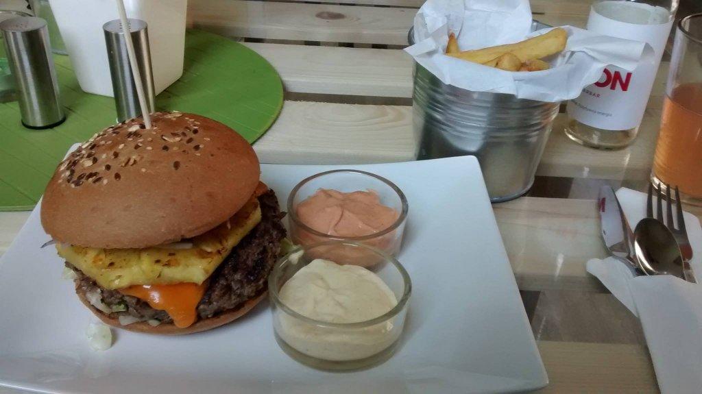 Kahuna Burger #2