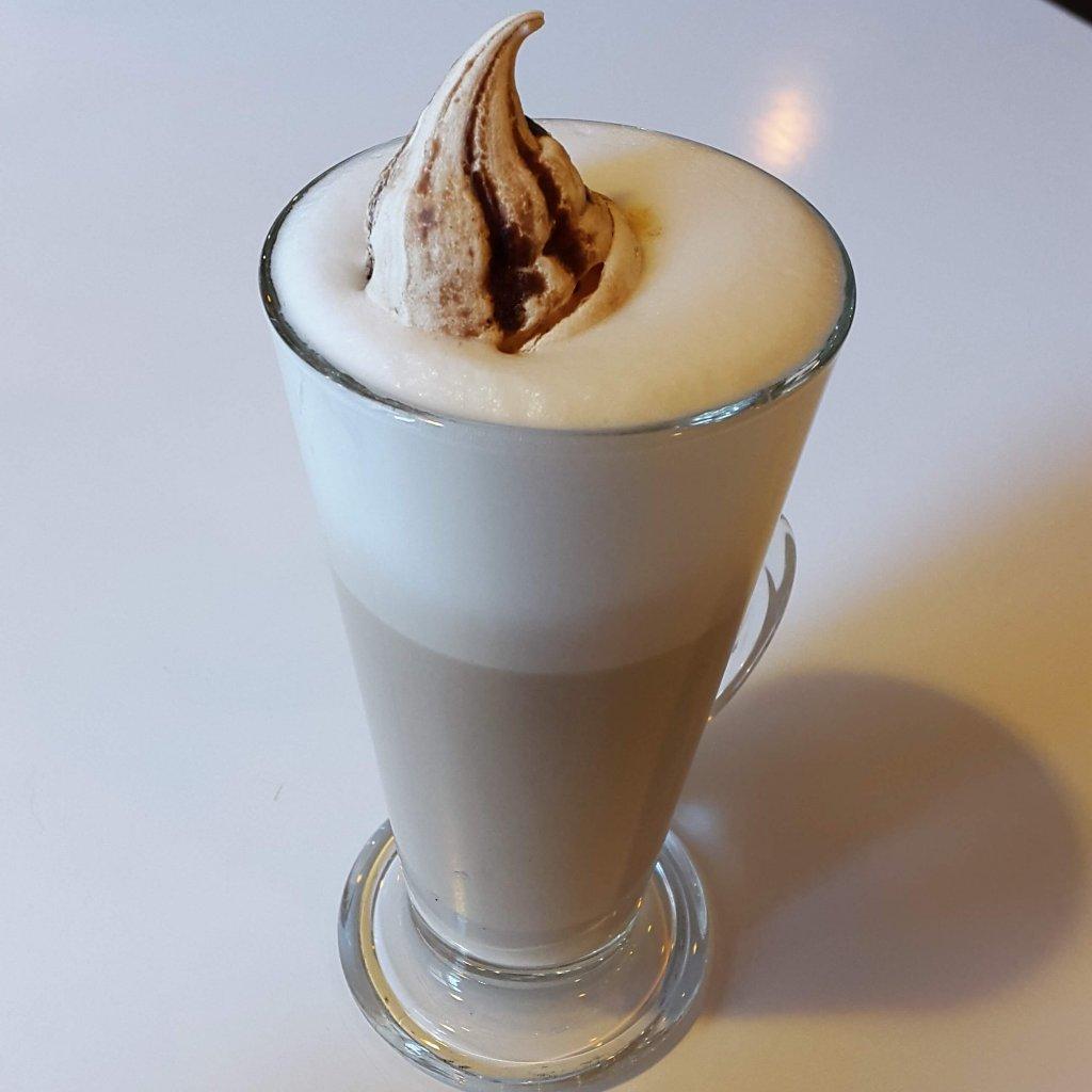 03 - Latte orzech