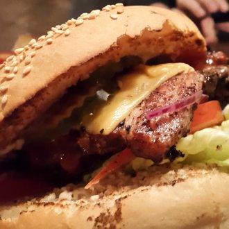 Grill Pub - Burger 1