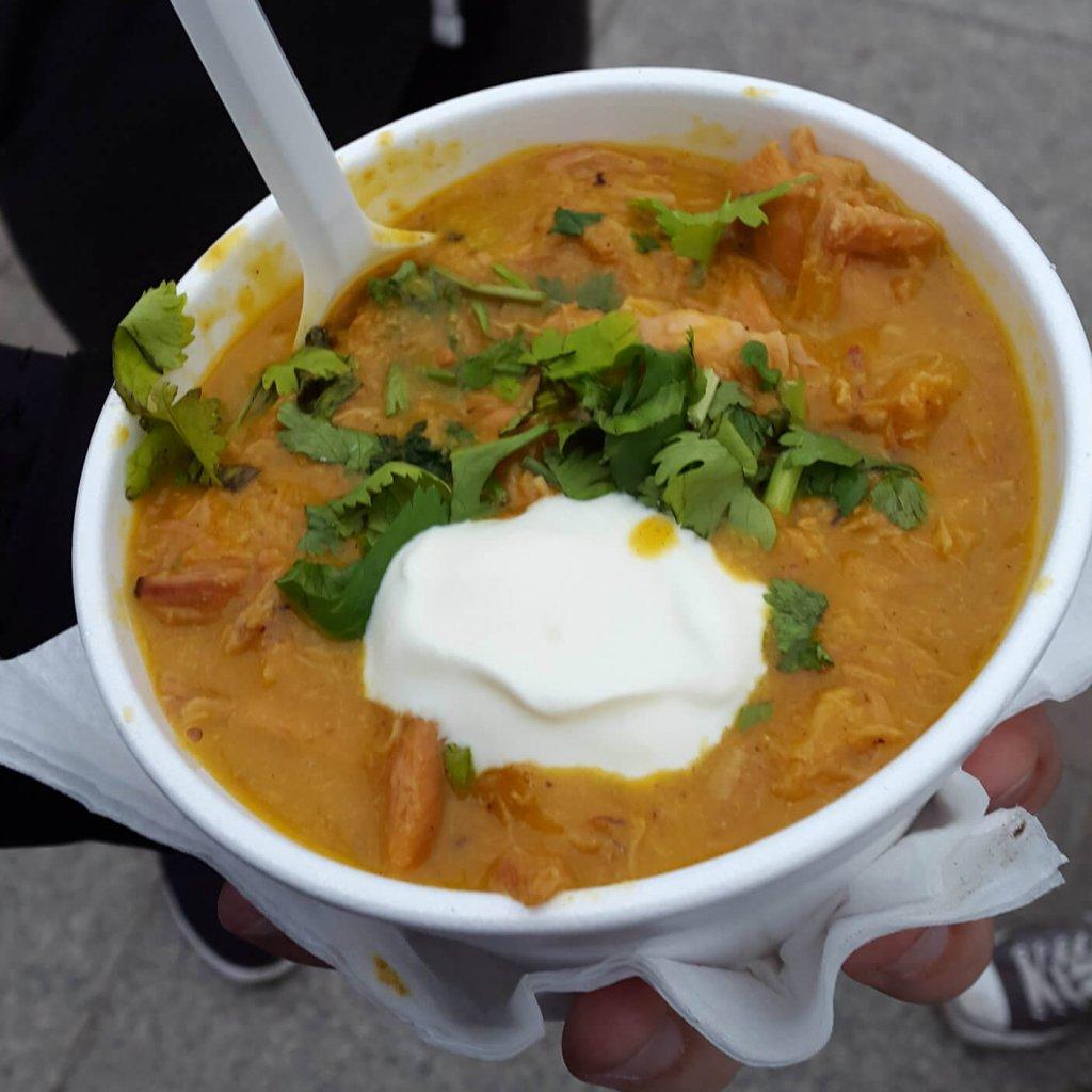 Rynek Smaków - Pot Spot Foodtruck - Mango Curry