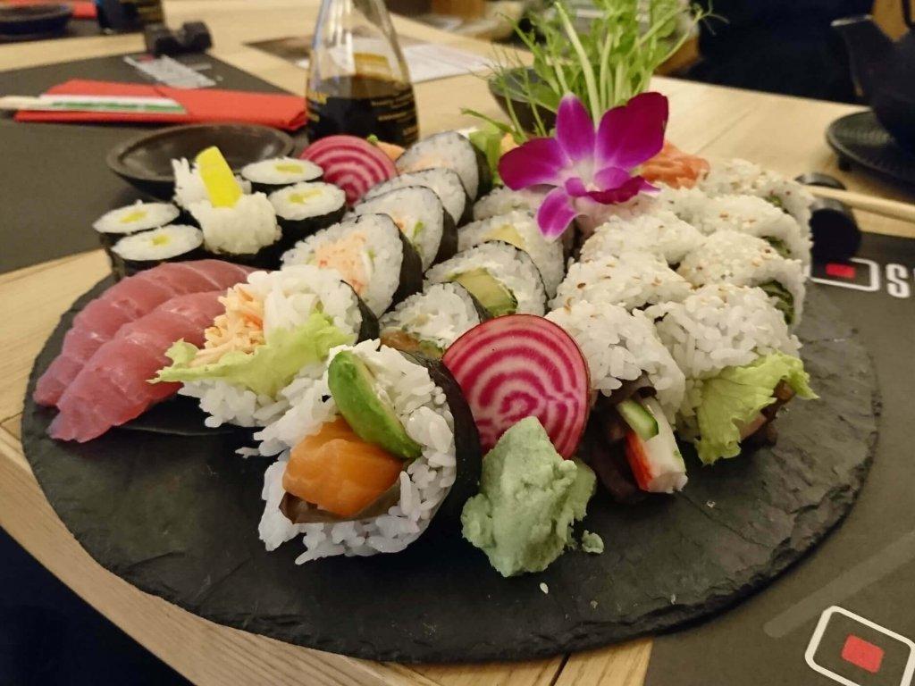 susharnia sushi bar - mały zestaw