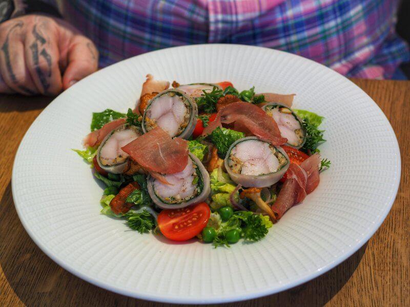 Restauracja Plado - Sałatka, comber z królika
