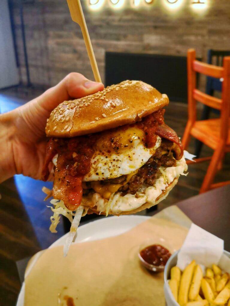 Burgi - Huevos Rancheros Burger